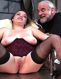 Scared BBW Jennifer