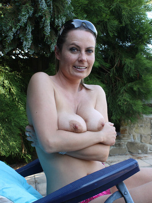 Milf sex picture archive on RitzyAmateurSex. Nude milf moms porn videos and pics.