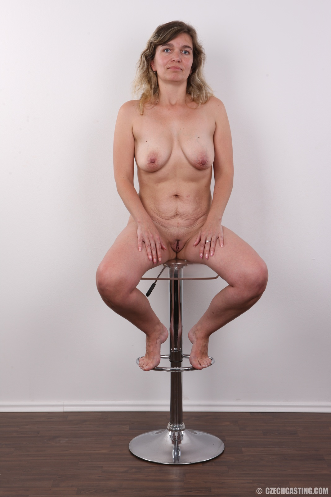 image Fingered and toyed wet pussy cums so good